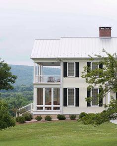 38 Elegant Old Farmhouse Design Ideas To Get Classic Scheme decoration Farmhouse Design, Modern Farmhouse, Farmhouse Ideas, Farmhouse Addition, Fresh Farmhouse, Farmhouse Decor, Porch Kits, Porch Ideas, Small Front Porches