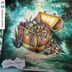 Instagram media desenhoscolorir - Eu morro com essas pinturas perfeitas da @eli_federzoni @dreams.colors ・#florestaencantada #enchantedforest #watercolor #aquarela #livrosdecolorir #coloringbooks #desenhoscolorir #johannabasford