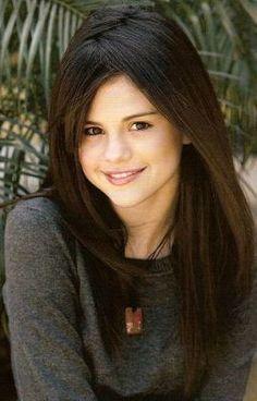 41 Ideas For Hair Straight Selena Gomez Selena Gomez Fotos, Selena Gomez Cute, Trendy Hairstyles, Straight Hairstyles, Wedding Hairstyles, Divas, Zoella Hair, Colored Hair Tips, Natural Hair Styles