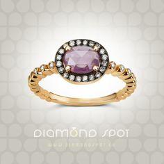 Diamond Spot verenicki prsten od roze zlata sa dijamantima i fancy safirom. Bracelet Watch, Sapphire, Fancy, Watches, Bracelets, Rings, Accessories, Jewelry, Diamond