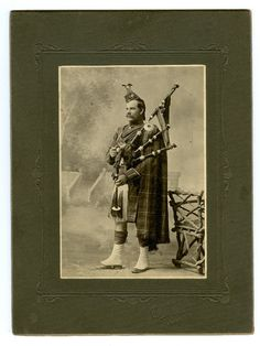 Vintage Scotsman Cabinet Photo 1880s Timaru New Zealand Bagpipes