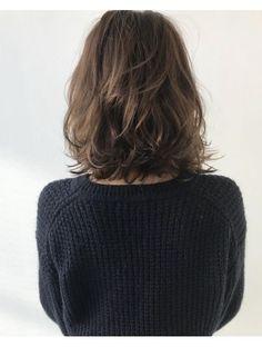 Hair Styles for Women That Enhance Their Beauty – HerHairdos Medium Hair Cuts, Medium Hair Styles, Curly Hair Styles, Bad Hair, Hair Day, Digital Perm, Short Wavy Hair, Shoulder Length Hair, Hair Lengths