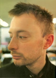 Great Bands, Cool Bands, Colin Greenwood, Thom Yorke Radiohead, Alternative Rock Bands, Eyes Emoji, Attractive People, Pretty Men, My Favorite Music
