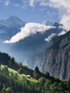 Wengen and Lauterbrunnen Valley, Berner Oberland, Switzerland