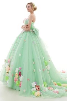 Top Designed Green Ball Gown Quinceanera Dresses for Girl Sleeveless Appliques & Flowers Prom Party Dresses Lace Up Back Vestido Prom Party Dresses, Quinceanera Dresses, Ball Dresses, Ball Gowns, Girls Dresses, Formal Dresses, Moda Lolita, Fantasy Dress, Wedding Dress