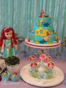 Decorei esta festa para a linda Ana Beatriz. Ela é uma menininha apaixonada pela Pequena Sereia e pediu para a mamãe Rafaella que sua festa...