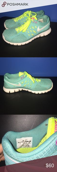 Nike shoes Gently worn Nike shoes. Nike Shoes Athletic Shoes