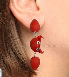 Red Crab Clinging Earrings