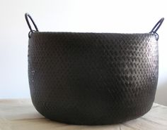 black basket.