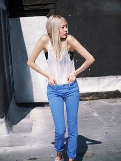 Thinking about this makes my hair fall out. But I love it // Model Soo Joo Park Blonde Asian, Brown To Blonde, Asian Fashion, High Fashion, Female Fashion, Women's Fashion, Photo Mannequin, Pretty Hair Color, Hair Colour