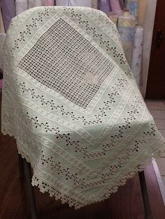 Hardanger Embroidery, Cross Stitch Embroidery, Ancient Persia, Brazilian Embroidery, Cutwork, Cotton Bedding, Woven Fabric, Needlework, Weaving