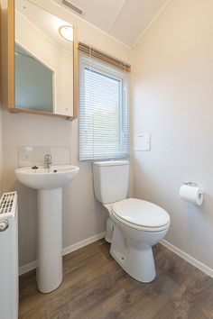 Willerby Granada 2016 Main Bedroom Ensuite