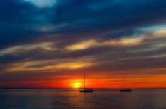 My wife and I both agree that the sunset we saw today, at Sandy Hook, NJ was one of the most beautiful we ever saw. This is practically right out of the camera. Samsung Galaxy Mini, Cool Wallpaper, Sailing, Most Beautiful, Around The Worlds, Boat, Clouds, Fine Art, Sunsets