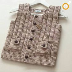 easy-to-new-und-andere-Saison – Baby Kleidung Baby Knitting Patterns, Knitting For Kids, Crochet For Kids, Knitting Designs, Baby Patterns, Knit Crochet, Baby Cardigan, Baby Outfits, Pull Bebe