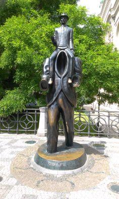 The Franz Kafka Monument Sculpture Art, Garden Sculpture, Heart Of Europe, World's Most Beautiful, Eastern Europe, Czech Republic, Urban Art, My Images, Stock Photos