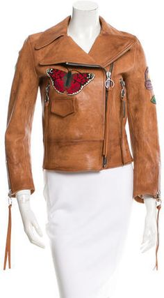 Gucci Embroidered Leather Jacket Embroidered Leather Jacket, Leather Jackets Online, Style Inspiration, Stylish, Gucci Gucci, Fashion Design, Outfits, Shopping, Tops