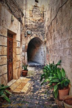 حارة شعبية قديمة - حلب  Old quarter - Aleppo