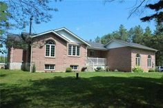 10+ Acre home on Old Homestead Road with detached professional shop! #realestate #georgina