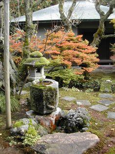 Kenroku-en garden, Kanazawa - Kanazawa Kenroku-en 06.JPG