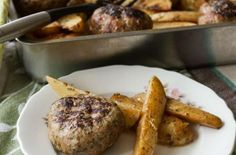 Greek Roasted Meatball Burgers and Potatoes by Greek chef Akis Petretzikis. Authentic traditional Greek meatballs that are roasted in the oven with potatoes! Greek Meatballs, Oven Roast, Potato Recipes, French Toast, Pork, Beef, Chicken, Cooking, Breakfast