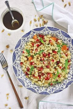 giroVegando in the kitchen: Winter Salad miles  use coucous or quiona