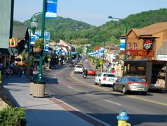 The Parkway Shops: Gatlinburg, TN USA  .... I have been here many times, love the quaint Lil shops