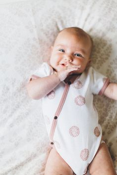 Baby Body, Baby Skin, Cute Kids, Cute Babies, Cute Baby Boy, Hispanic Babies, Cute Baby Clothes, Mom And Baby, Baby Fever