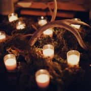 Love the moss candle combo