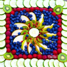 fruit mandala -- so gorgeous!