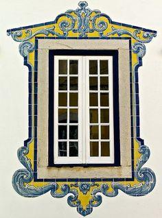 Portuguese tiles - window frame, Portugal