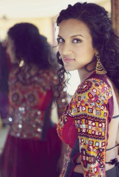 Gorgeous Anushka Shankar in an even Gorgeous #Kutch backless blouse #choli #textiles