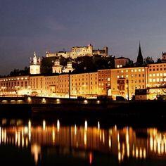 Night in Salzburg! #salzburg #salisburgo #Austria #night #hohensalzburg #castle #schloss #Salzach #river #happynewyear #newyeariscoming #travel #travelgram #familyvacation #instatravel #ilovetravelling #ilovetravellingwithmyfamily by dennyfe