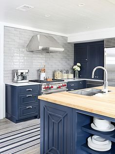 Blue Kitchen Island with Maple Butcher Block Countertop - Cottage - Kitchen - Benjamin Moore Raccoon Fur Blue Kitchen Paint, Navy Blue Kitchen Cabinets, Blue Kitchen Island, New Kitchen, Dark Cabinets, Kitchen Ideas, Gloss Kitchen, Nautical Kitchen Paint, Turquoise Cabinets