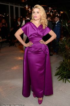 Paloma Faith in a violet satin gown while Donna Air oozes simple style Satin Gown, Satin Dresses, Lace Dress, Pink Dress, Cheap Dresses, Nice Dresses, Wedding Guest Gowns, Paloma Faith, Baby Girl Party Dresses