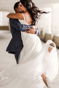 45 Couple Moments That Must Be Captured At Your Wedding ❤ wedding photo ideas couple moments must take groom holds the bride heike delmore Wedding Photography Styles, Creative Wedding Photography, Wedding Photography Inspiration, Photography Ideas, Wedding Couple Photos, Wedding Couples, Wedding Bride, Wedding Pictures, Prom Pictures