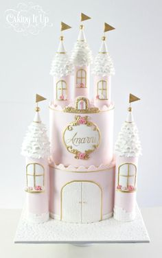 Princess Castle Birthday Cake These 13 Amazing Princess Cake Ideas are perfect for any princess birthday party! Find your favorite princess birthday cake for your little one's party! 1st Birthday Princess, Birthday Cake Girls, Birthday Parties, Princess Party, 4th Birthday, Birthday Celebration, Birthday Ideas, Girly Cakes, Baby Cakes