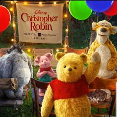 Pooh and Friends Winne The Pooh, Winnie The Pooh Quotes, Winnie The Pooh Friends, Disney Pixar Movies, Disney Cartoons, Cute Disney, Disney Art, Disney Christopher Robin, Teddy Pictures