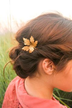 Gold Maple Leaf Hair Pins Maple Leaf Bobby Pin Fall hair Pin Woodland Hair Accessory by luxebuffalo on Etsy https://www.etsy.com/listing/197742288/gold-maple-leaf-hair-pins-maple-leaf