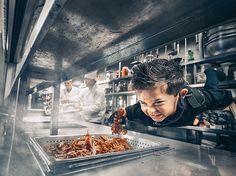Benjamin Von Wong sheds light on child hunger
