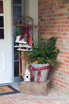Postcards from the Ridge: Welcome to our Christmas Home! Vintage touches inside and out!