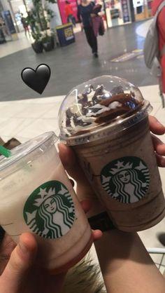 Bebidas Do Starbucks, Starbucks Drinks, Starbucks Iced Coffee, Hot Coffee, Coffee Cups, Fake Instagram, Instagram Story, Snap Food, Food Snapchat