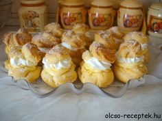 Érdekel a receptje? Kattints a képre! Hungarian Recipes, Cake Recipes, Recipies, Muffin, Goodies, Dairy, Cheese, Baking, Breakfast