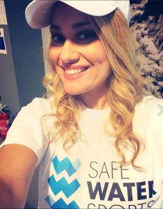 Ιωάννα Ασημακοπούλου Water Sports, T Shirts For Women, Tops, Fashion, Moda, Fashion Styles, Shell Tops, Fashion Illustrations