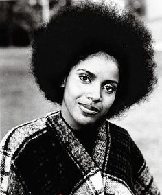 Phylicia Rashad - Afro She looks like RACHEL with her hair like this! Black Girls Rock, Black Girl Magic, American Women, Black Art, Black Gold, Debbie Allen, Phylicia Rashad, Twisted Hair, Vintage Black Glamour