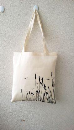 Jutebeutel - Bio-Jutebeutel von Edy Dark Libellen im Gras - ein Designerstück von Tshirt-Paul bei DaWanda