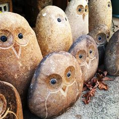 Owl Rocks...actually saw these at a greenhouse today.  Large ones were $100.   Yikes!  Sooooo cute tho!