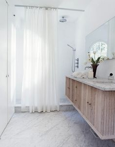 Gallery — Betsy Brown Stunning bathroom design with walk in shower and marble floors Master Shower, Walk In Shower, Master Bathroom, Brown Modern Bathrooms, Brown Bathroom, Bathroom Marble, Bathroom Modern, Oak Bathroom, Marble Bath