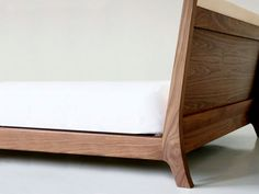 furniture design for manufacturers and retailers Tropical Sofas, Rustic Wooden Bed, Sofa Design, Furniture Design, Headboard Designs, Wood Beds, Plywood Furniture, Diy Bed, Mid Century Furniture