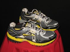 Brooks Men's Adrenaline GTS 12 Running Shoes Size 10 Yellow/Gray/Blk #Brooks #bumblebee