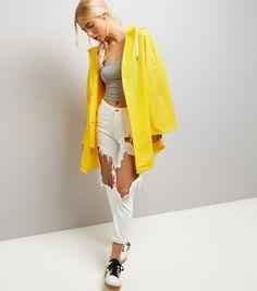 Gelber regen mantel